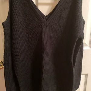 Black Open-Shoulder long sleeve sweater